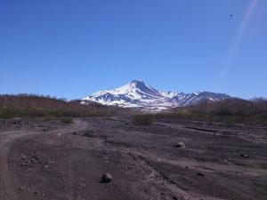 Domestic_Volcanos_Avachinsky_(1)